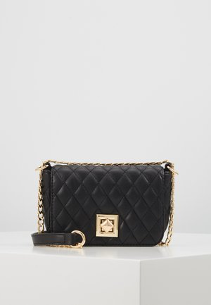PCNIKI CROSS BODY - Skulderveske - black/gold