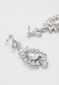 Pieces - PCGLITZ EARRINGS - Pendientes - silver-coloured - 2
