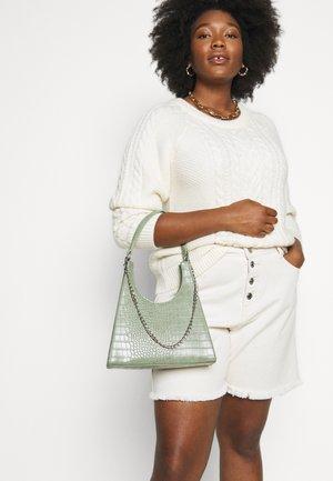 PCSTELLA CROSS BODY KEY - Handbag - dark green/silver