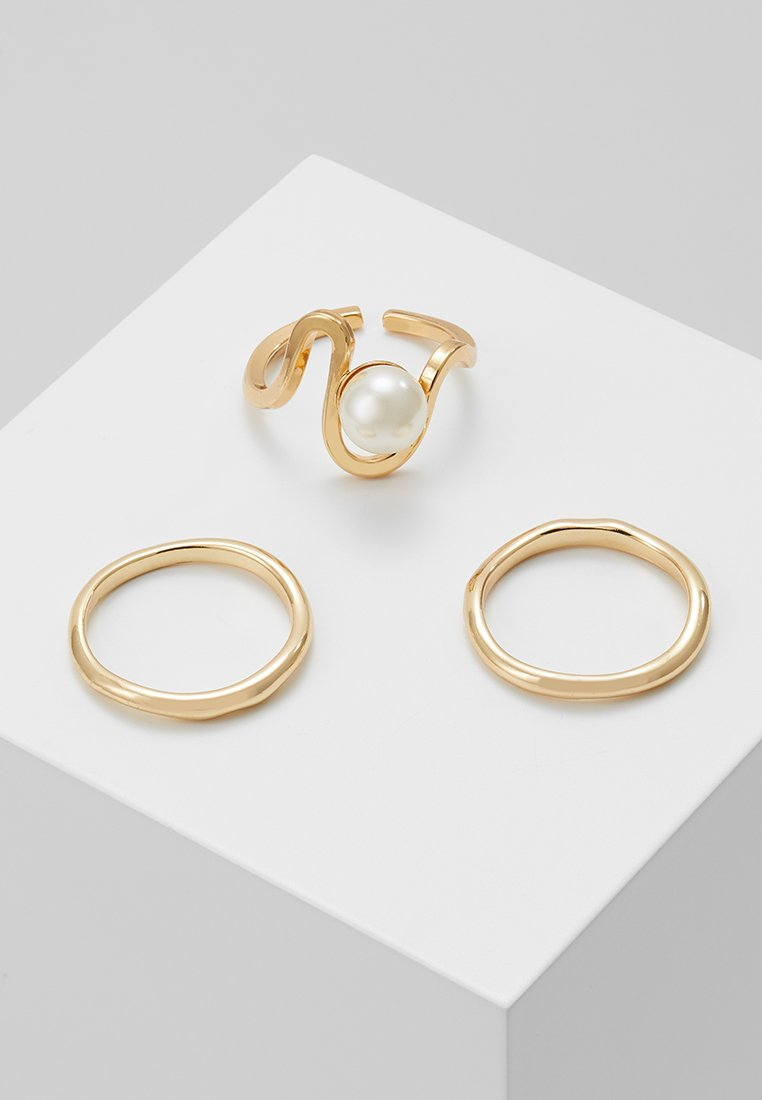 Pieces - PCJANIKKA RING 3 PACK  - Ringar - gold-coloured