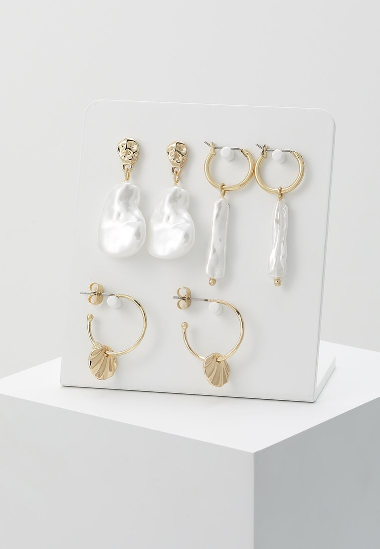 Pieces - PCAKECIE HOOP EARRINGS 3 PACK - Ohrringe - gold-coloured