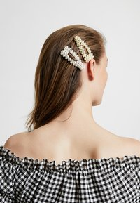 Pieces - Hair Styling Accessory - silver-coloured/white/yellow - 1