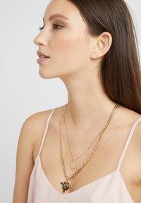 Pieces - Necklace - gold-colour - 1