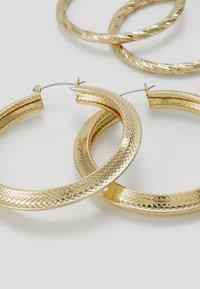 Pieces - Kolczyki - gold-coloured - 4