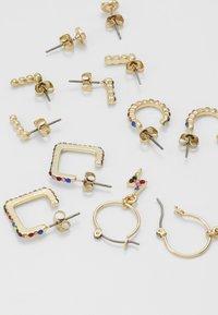 Pieces - Øreringe - gold-coloured - 2