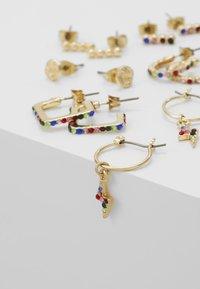 Pieces - Øreringe - gold-coloured - 4