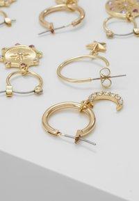 Pieces - Örhänge - gold-coloured/multi - 2