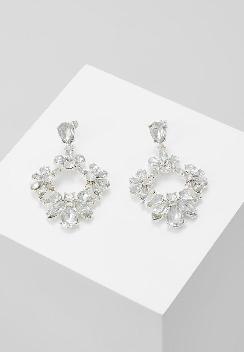 Pieces - PCJULIETTE EARRINGS - Oorbellen - silver-coloured
