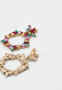 Pieces - PCKAMILLE EARRINGS - Örhänge - emerald - 2