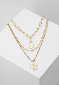 Pieces - PCNAMO COMBI NECKLACE - Collier - gold-coloured - 0