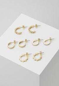 Pieces - PCANN 4 PACK HOOP EARRINGS  - Orecchini - gold-coloured - 0