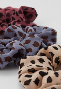 Pieces - PCSPOTTY SCRUNCHIE 3 PACK - Hair Styling Accessory - kentucky blue/beige/rose - 2