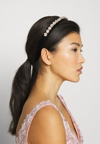 Pieces - PCARRIET HAIRBAND - Hair Styling Accessory - black - 1