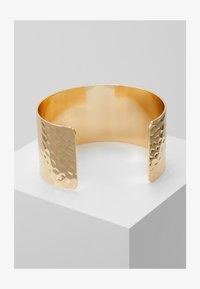 Pieces - PCPANNY BRACELET CUFF - Bracelet - gold-coloured - 1