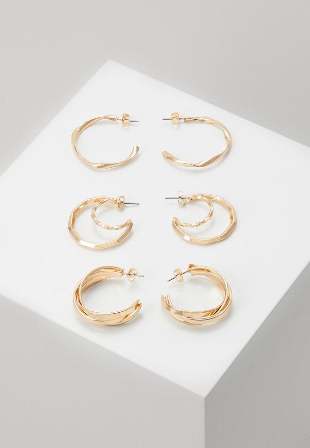 PCSANDRA HOOP EARRINGS 3 PACK - Øredobber - gold-coloured