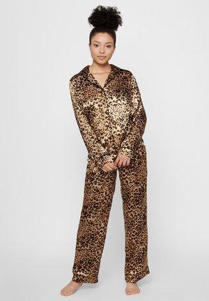 Pyjama set - brown