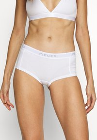 Pieces - PCLOGO LADY CHERRY 3 PACK - Culotte - bright white - 1