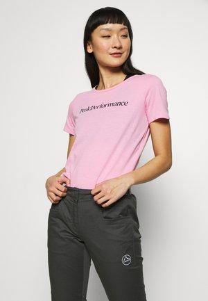 TRACK TEE - Print T-shirt - morning dew