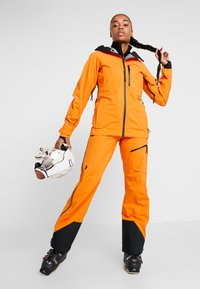 Peak Performance - Ski- & snowboardbukser - orange - 1