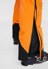 Peak Performance - Ski- & snowboardbukser - orange - 7
