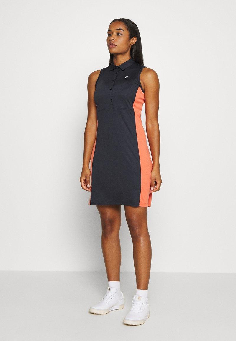 Peak Performance - SLATE SET - Sportovní šaty - clay red
