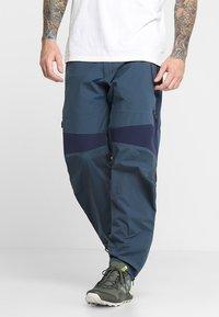 Peak Performance - Pantalones montañeros largos - blue steel - 0