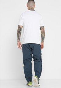 Peak Performance - Pantalones montañeros largos - blue steel - 2