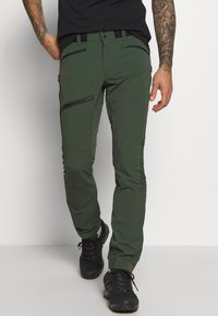 Peak Performance - LIGHT SOFTSHELL PANTS - Pantalones montañeros largos - drift green - 0