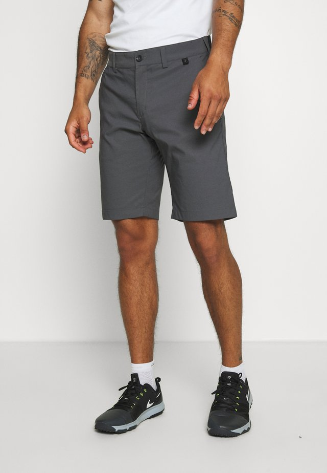 PLAYER - Outdoor Shorts - deep earth