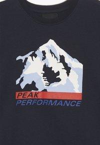 Peak Performance - ORSEA - Triko spotiskem - salute blue - 3