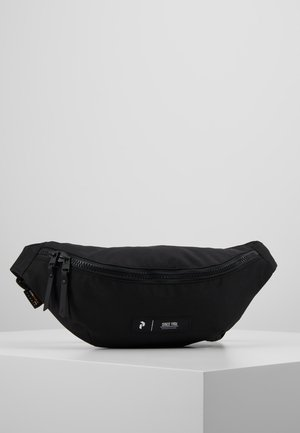 SLING BAG - Vyölaukku - black
