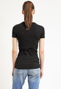 Petit Bateau - T-shirts - noir - 2