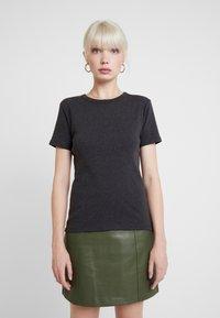 Petit Bateau - TEE - T-shirts - city - 0
