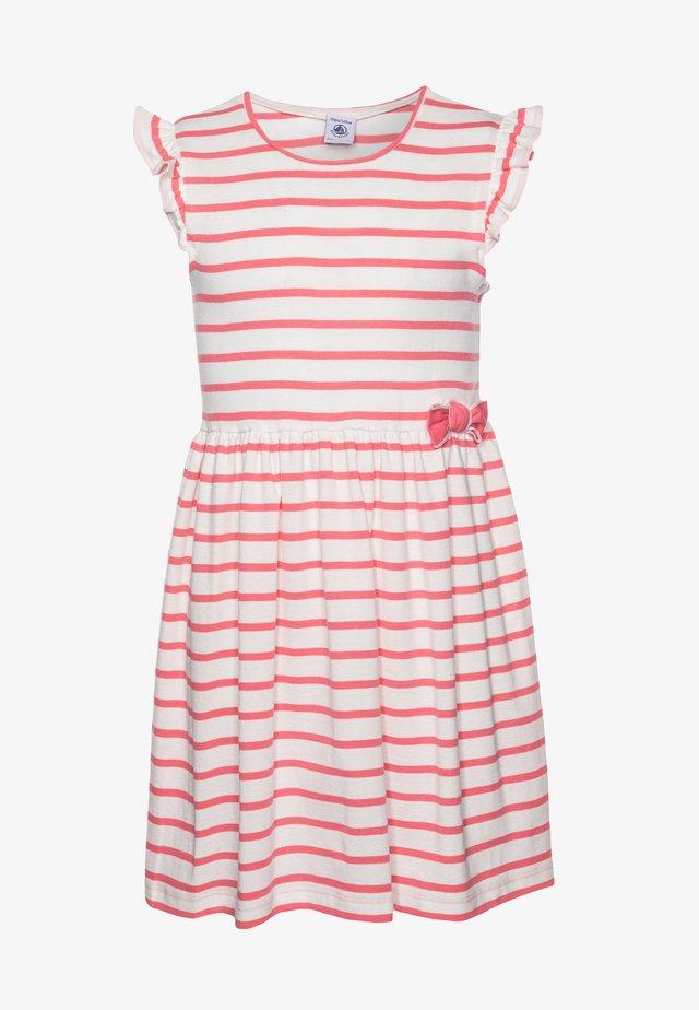 FERYEL DRESS - Vestito di maglina - marshmallow/cupcake