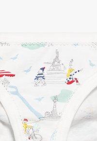 Petit Bateau - CULOTTES 5 PACK - Briefs - white - 4