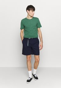 Penfield - BALCOLM - Shorts - navy - 1