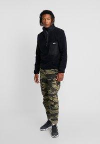 Penfield - HYNES - Fleece jumper - black - 1