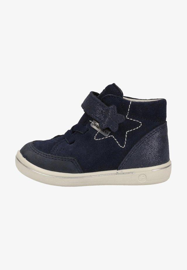 Sneaker low - nautic 172