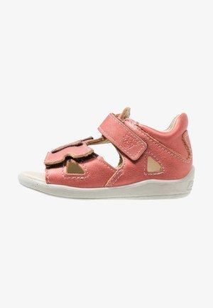 HOLLY - Sandals - rubino