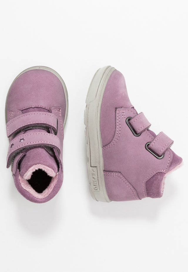 ALEXIA - Höga sneakers - purple