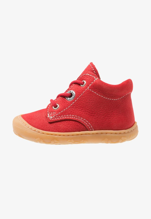 CORY - Baby shoes - rubino