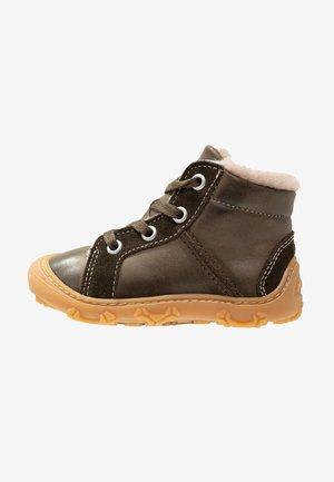 ELIA  - Šněrovací kotníkové boty - army