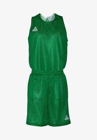 PEAK - MIT ATMUNGSAKTIVER FUNKTION - Sports shorts - green/white - 0