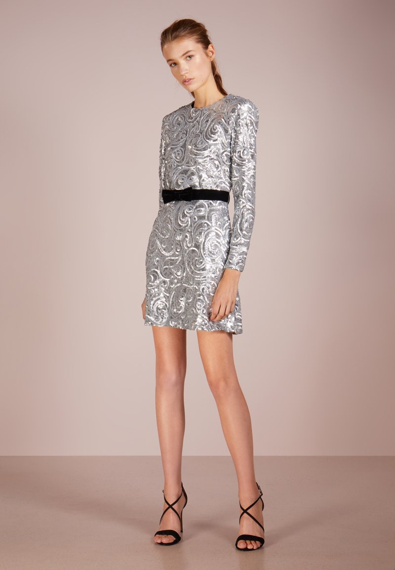 PERSEVERANCE LONDON - PAISLEY SEQUINS SHOULDER PAD DRESS - Cocktail dress / Party dress - metallic silver