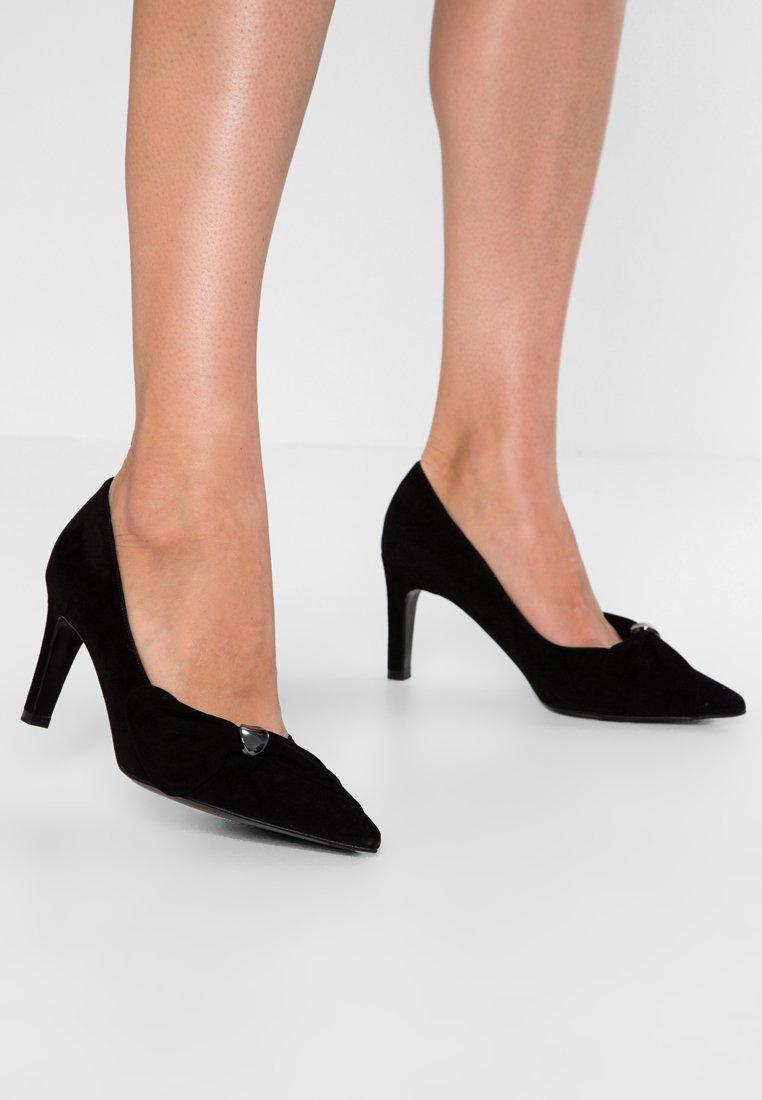 Peter Kaiser Wide Fit - WIDE FIT TILLA - Classic heels - schwarz