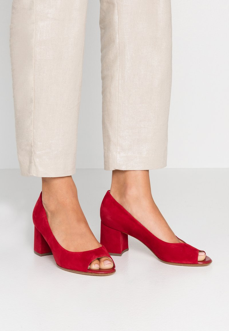 Peter Kaiser Wide Fit - WIDE FIT FRONA - Peep toes - lipstick