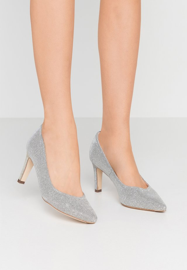 WIDE FIT TRIXI - Klassiske pumps - silber shimmer