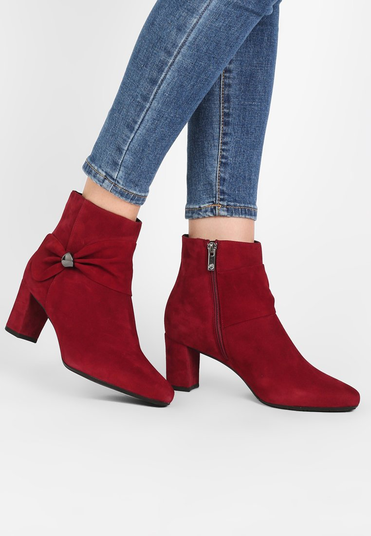 Peter Kaiser Wide Fit - WIDE FIT BELINA - Ankle boots - ruby