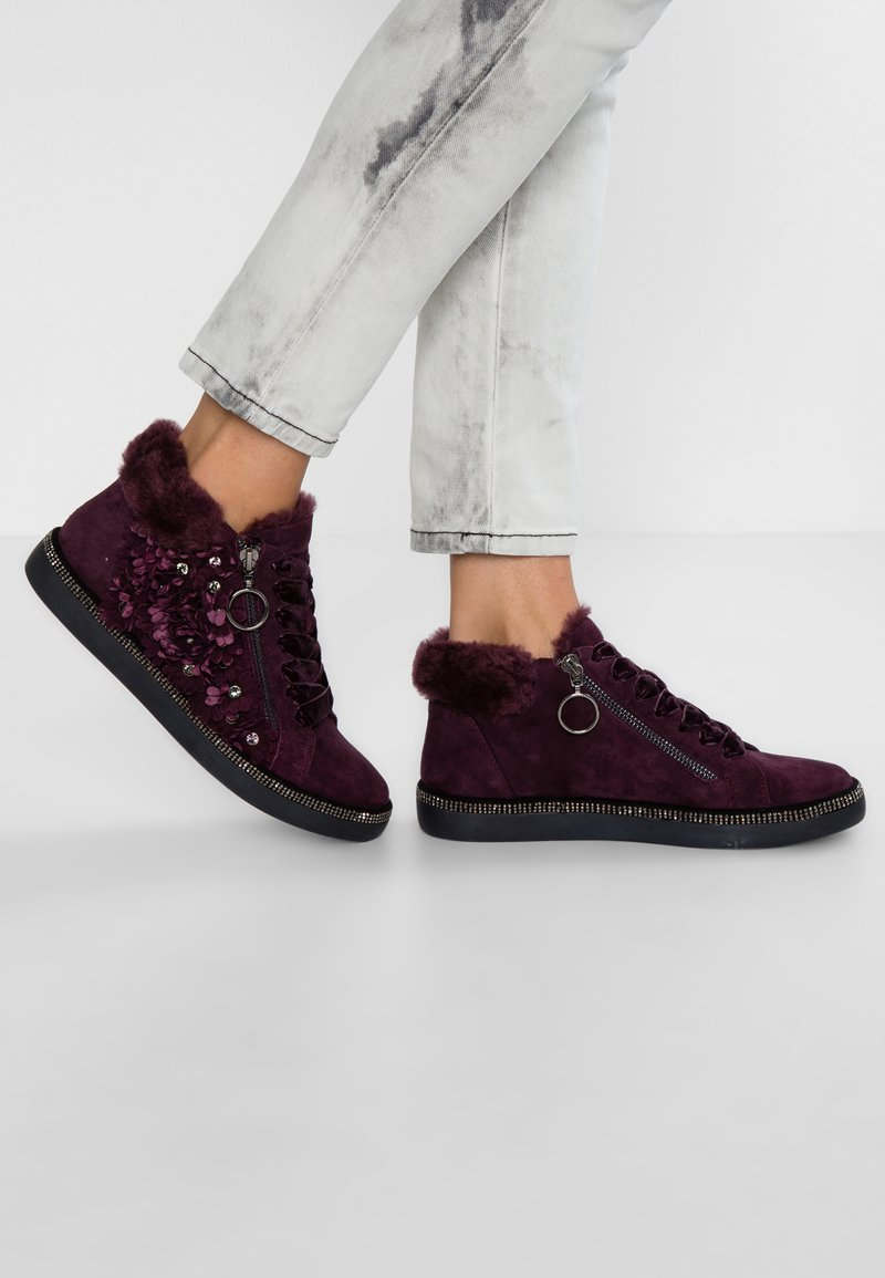 Pepen Sole - Sneakers hoog - bordo