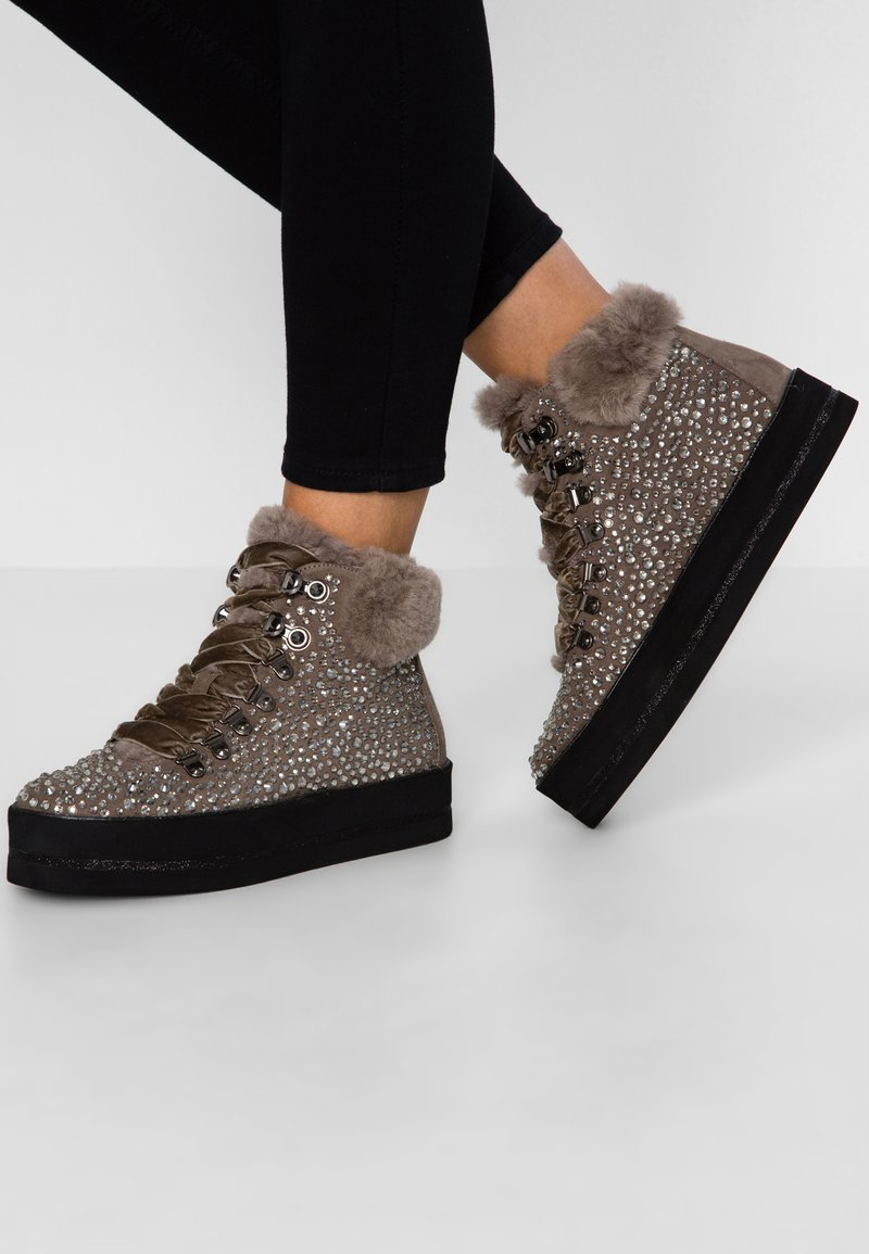 Pepen Sole - Ankle Boot - timo